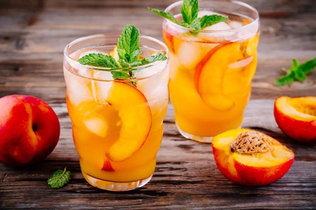 清涼桃子蘇打水,冰冰爽爽的夏日必備續命水~