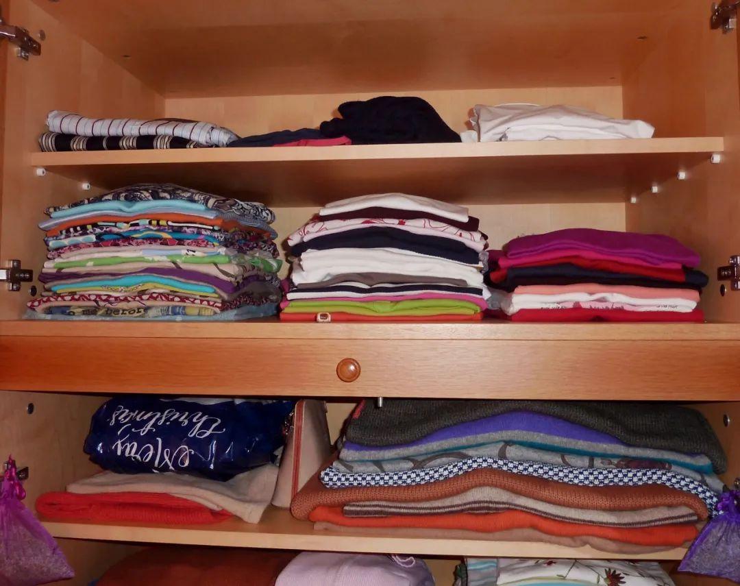 衣柜內部設計,按這6點做分區!衣物也不起皺,找起來也更方便了!